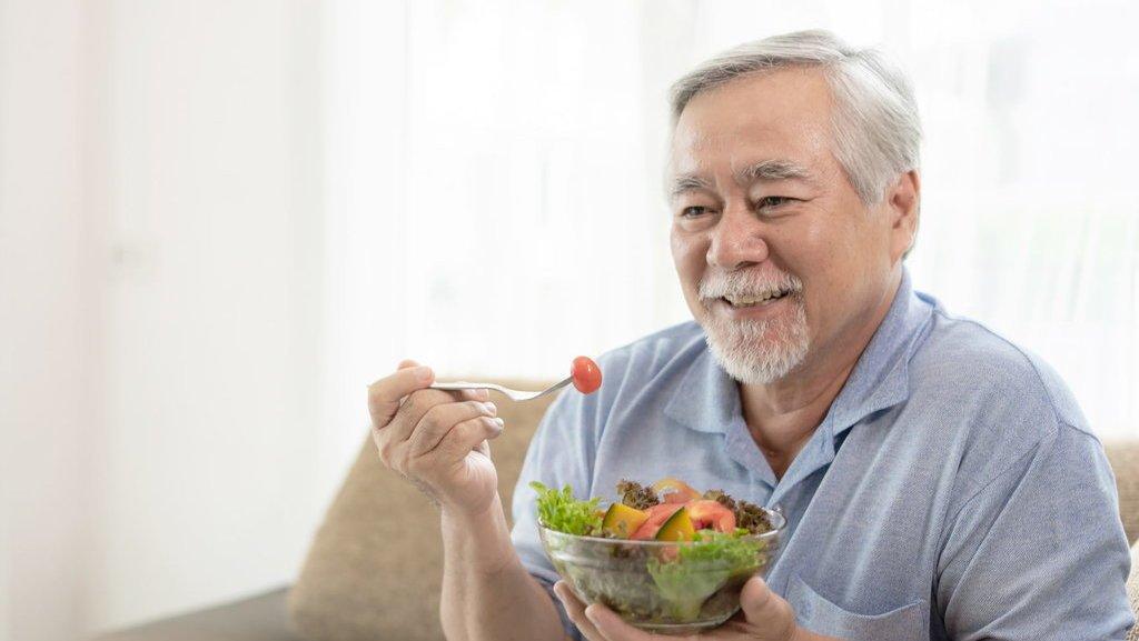 Tips Memilih Menu Makanan Sehat Untuk Diet Lansia